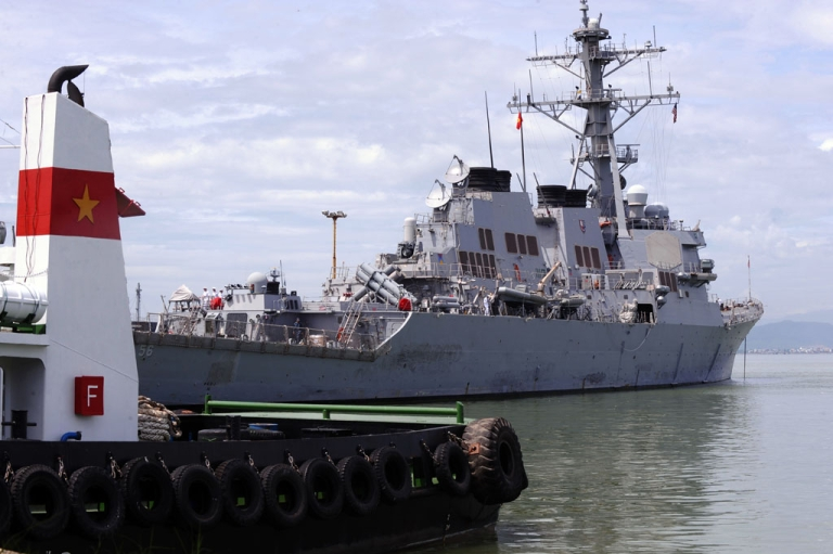 <p>The US destoryer USS John S. McCain lies at anchor at Tien Sa port in the central costal city of Danang on August 10, 2010. The warship has been sent to the Asia-Pacific region as tensions mount over North Korea's saber-rattling.</p>