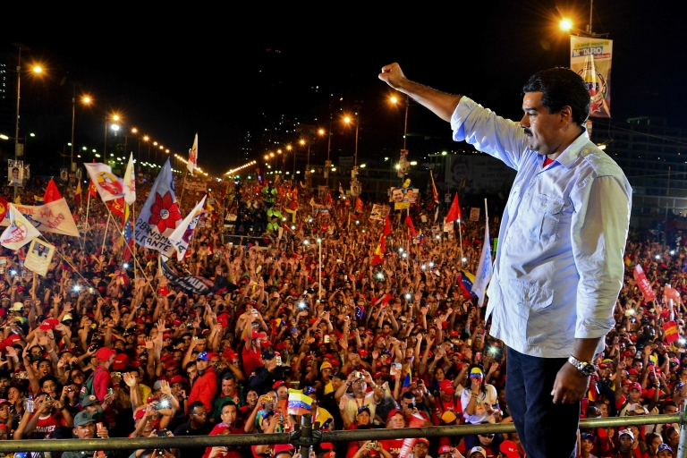 <p>Venezuelan acting President Nicolas Maduro closes his campaign for president in Caracas ahead of Sunday's ahead election.</p>