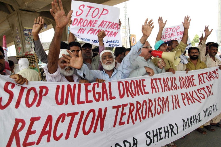 <p>July 14, 2013- Pakistani protesters from the United Citizen Action shout slogans against US drone attacks in the Pakistani tribal areas during a protest in Multan.</p>