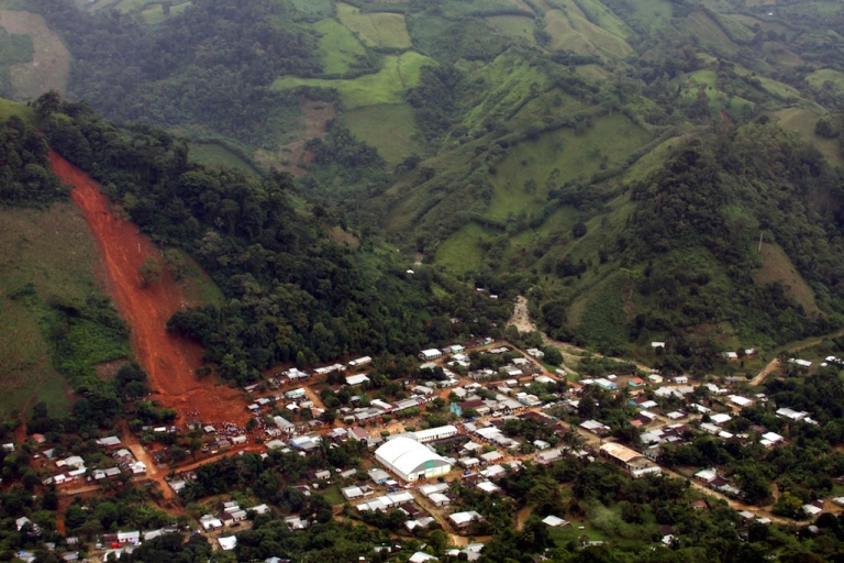 <p>A landslide in Amatan town, Chiapas state, Mexico, on Sept. 29, 2010.</p>