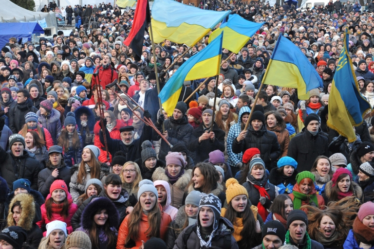 <p>Some ten thousand students rally in western Ukrainian city of Lviv on December 10, 2013, a day after Ukrainian police forced protesters who have blockaded the government headquarters in central Kyiv for a week to move away from the building.</p>