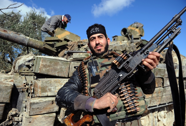 <p>A hearing on Thursday revealed that US defense leaders backed arming Syrian rebels in the past. The Obama administration decided against their recommendations and agreed to provide only non-lethal aid.</p>