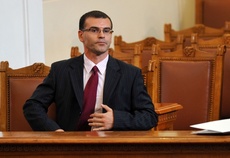 <p>Bulgaria's just-fired Finance Minister Simeon Djankov, a World Bank economist, sits in Parliament on July 27, 2009 in Sofia.</p>