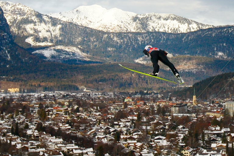 <p>Skiing at Garmisch-Partenkirchen: one of many perks for American military personnel and others stationed in the area.</p>