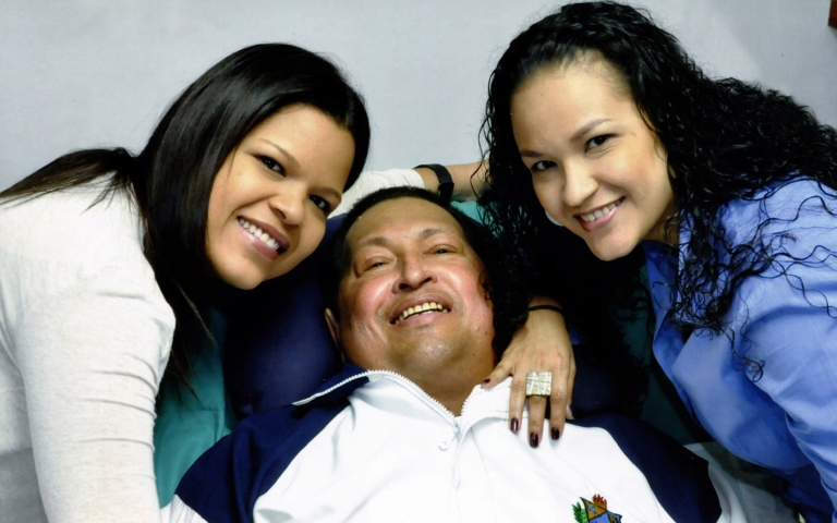 <p>Hugo Chavez with his daughters.</p>