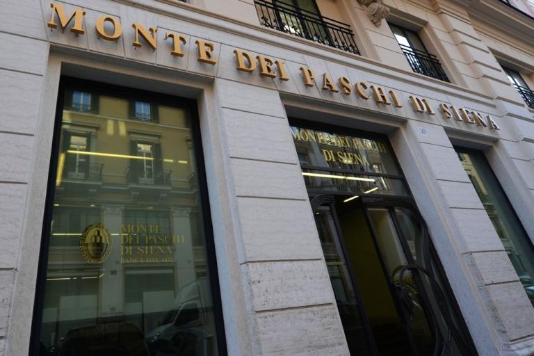 <p>Monte dei Paschi bank in Rome.</p>