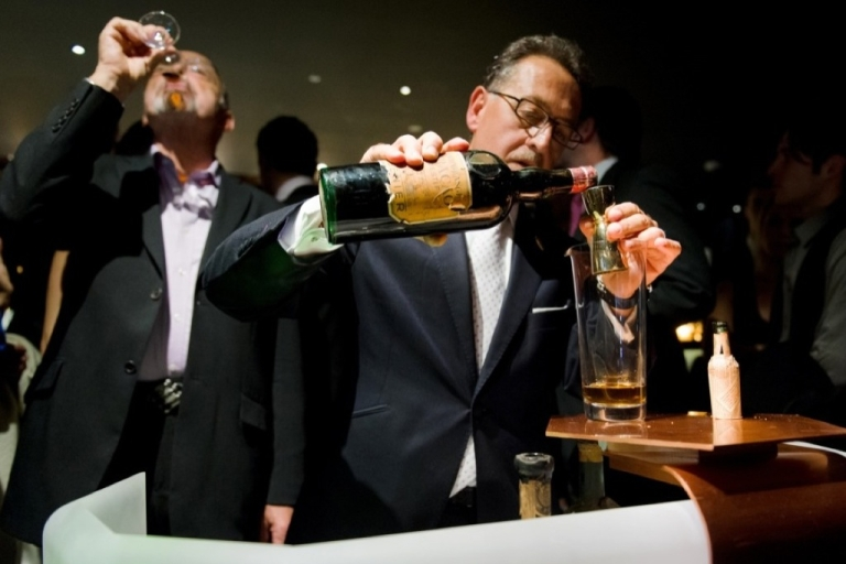 <p>Bar owner Salvatore Calabrese mixes a glass of