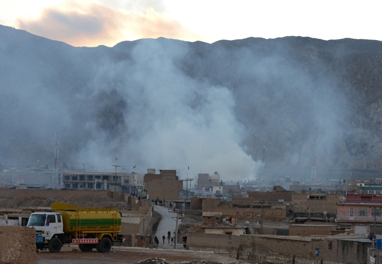 <p>Smoke rises following a bomb explosion in Quetta on February 16, 2013. A remote-controlled bomb targeting Shiite Muslims killed 47 people including women and children and wounded more than 200 in Pakistan's insurgency-hit southwest on Saturday, police and officials said.</p>