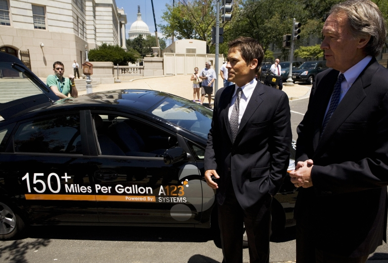<p>Rep. Edward J. Markey (R), D-MA, Chairman of the House Select Committee on Energy Independence And Global Warming, and US actor Rob Lowe speak to reporters next to a hybrid vehicle with a lithium ion nanophosphate battery module developed by A123 Systems 12 July 2007 on Capitol Hill in Washington, DC.</p>