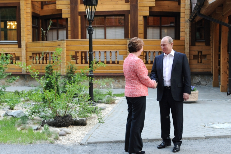 <p>Russia's President Vladimir Putin welcomes EU foreign policy chief Catherine Ashton in the industrial Ural Mountains city of Yekaterinburg on June 3, 2013. The European Union and Russia kicked off a two-day summit.</p>