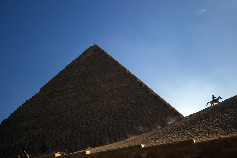 <p>Russian photographers illegally climbed the Pyramids in Egypt recently and took some amazing photos that have gone viral.</p>