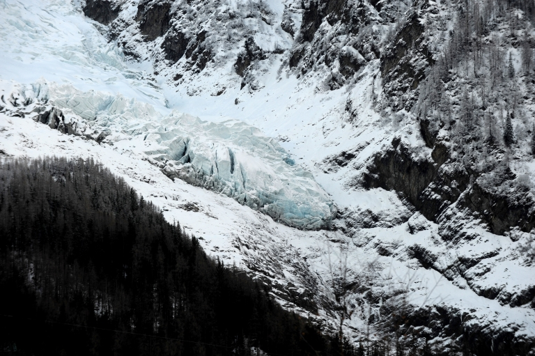 <p>Scientists say that Canada's glaciers may be melting irreversibly, pushing up global sea levels.</p>
