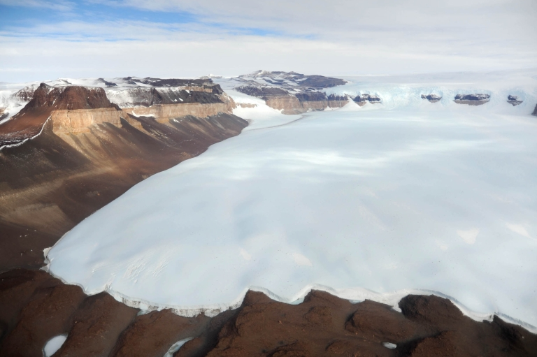 <p>Russian scientists say they have discovered new bacterial life in a subglacial lake in Antarctica.</p>