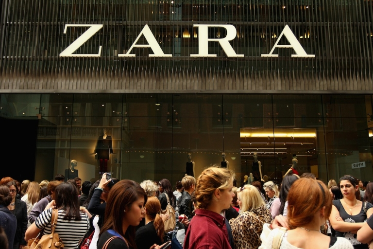 <p>Shoppers await as Zara opens the doors to its Westfield Pitt Street Mall store on April 20, 2011 in Sydney, Australia.</p>
