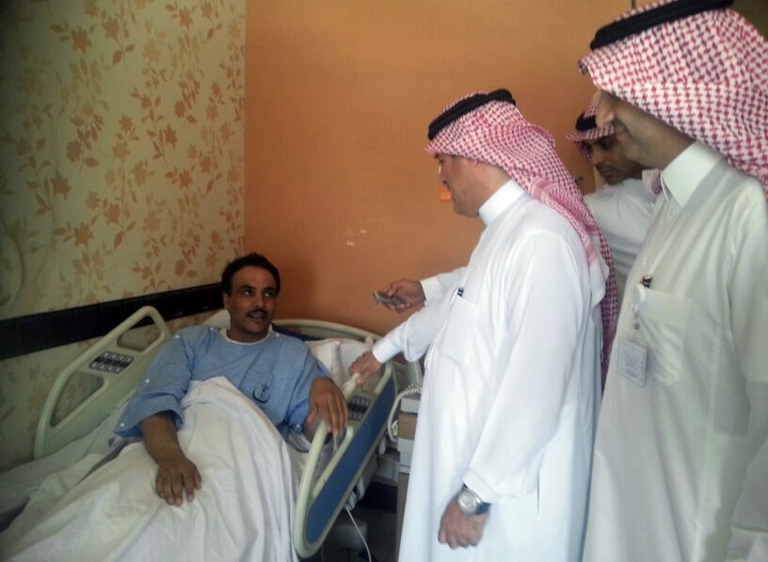 <p>A Saudi health ministry official visits patients infected with a new SARS-like virus at a hospital in the eastern Saudi province of al-Ahsaa on May 13, 2013. A man in Tunisia died of coronavirus on May 10th after traveling to Saudi Arabia, the first such case in the African nation.</p>