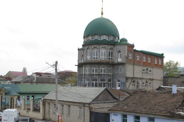 <p>A general view of a mosque in the hometown of suspected Boston bombers Tamerlan and Dzhokhar Tsarnayev, on April 25, 2013 in Makhachkala, the Russian region of Dagestan.  Their mother Zubeidat Tsarnaeva has attacked the US authorities over the death of her son Tamerlan, 26, who was killed during a shootout with police. Dzhokhar, 19, who was in hospital at the time of the press conference, has now been moved from the Beth Israel Deaconess Medical Center in Boston to Fort Devens prison.</p>