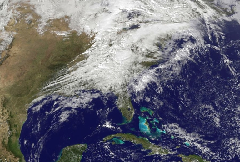 <p>UNITED STATES - NOVEMBER 17:  In this handout provided by NOAA, shows severe weather as it moves through the midwest area of the United States on Nomveber 17, 2013.</p>