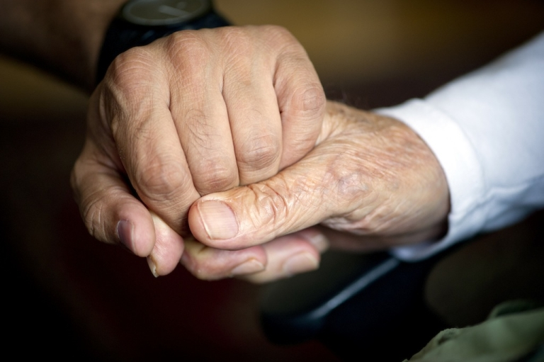 <p>An elderly Paraguayan couple married in a religious ceremony after living together for 80 years.</p>