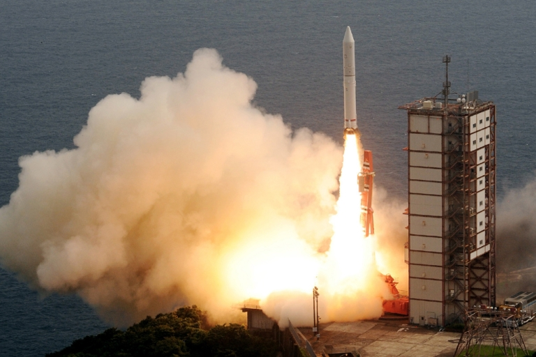 <p>Japan's new solid-fuel rocket lifts off from the launch pad at the Japan Aerospace Exploration Agency's (JAXA) Uchinoura Space Center in Kimotsuki, Kagoshima prefecture, on Japan's southern island of Kyushu on Sept. 14, 2013.</p>