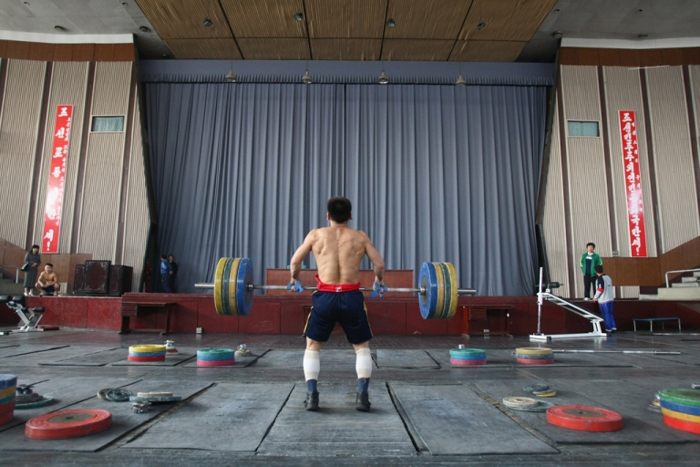 <p>Weightlifter trains at the Combat Sports Gymnasium in Pyongyang, North Korea, Oct. 17, 2007.</p>
