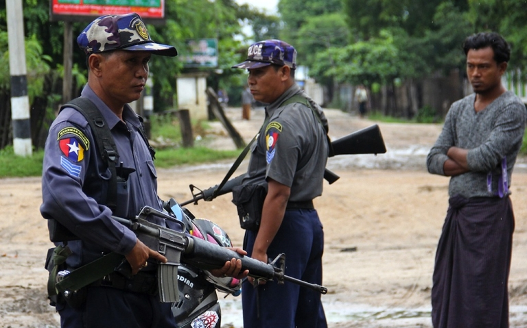 <p>The Obama administration is considering restarting military to military ties with Myanmar despite objections by some members of Congress.</p>