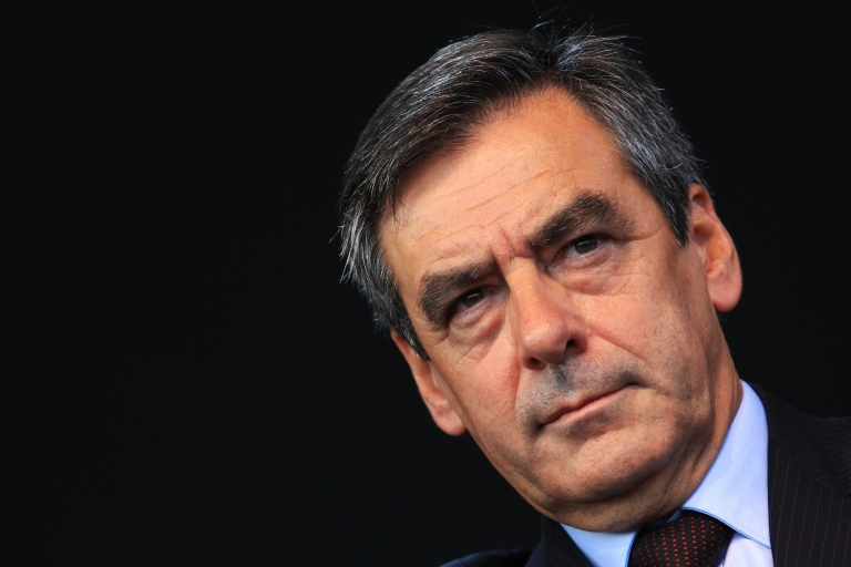<p>Former French Prime Minister Francois Fillon believes the center-right should end a long-standing policy of boycotting the right-wing National Front.</p>