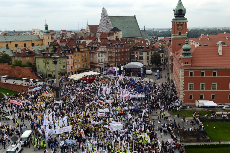 <p>Members of Solidarity and other Polish trade unions demonstrate against their government's policy on September 14, 2013 in Warsaw.</p>