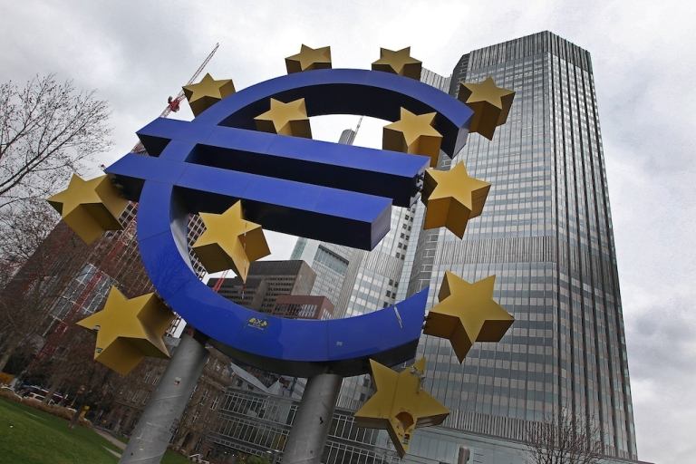 <p>Photo taken on Jan. 10, 2013 shows the euro logo in front of the European Central Bank prior to the meeting of the Governing Council in Frankfurt, Germany. Sentiment toward European equity markets has surged to two-year highs, prompting worries from some analysts.</p>