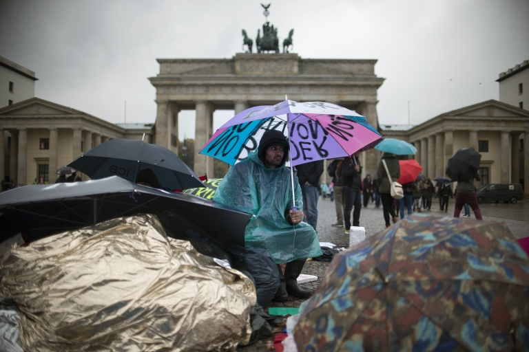 <p>As Berlin's excess housing has disappeared, squatters have been driven out of once-derelict buildings.</p>