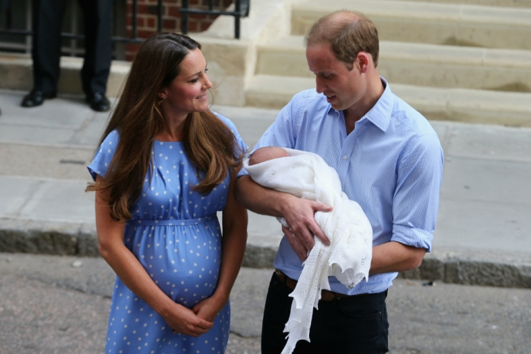 <p>Prince William, Duke of Cambridge and Catherine, Duchess of Cambridge, depart The Lindo Wing at St Mary's Hospital with their newborn son on July 23, 2013 in London, England.</p>