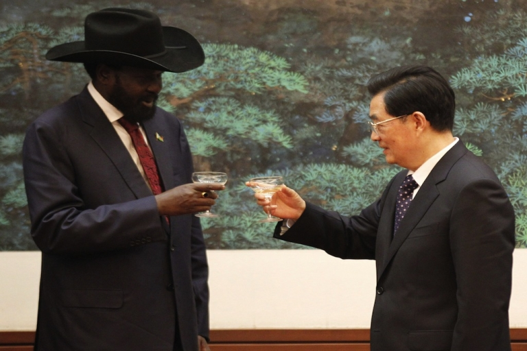 <p>South Sudan president Salva Kiir (L) and Chinese president Hu Jintao toast each other during a signing ceremony at Great Hall of the People on April 24, 2012 in Beijing, China. President Kiir confirmed that he sees China as an important and strategic partner, while the meeting was held against a backdrop of recent violence between the the newly formed independent nation of South Sudan and Sudan, both countries from which China purchases oil.</p>