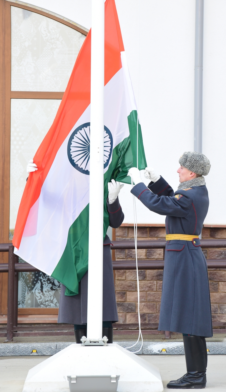 <p>Members of a Russian honour guard raise the Indian flag as they rehearse prior to a flag raising ceremony at the Olympic Village during the Sochi Winter Olympics.</p>