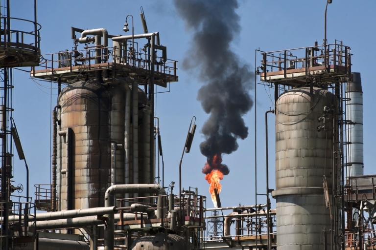<p>Mexico's state-run oil industry is looking at a major overhaul.</p>