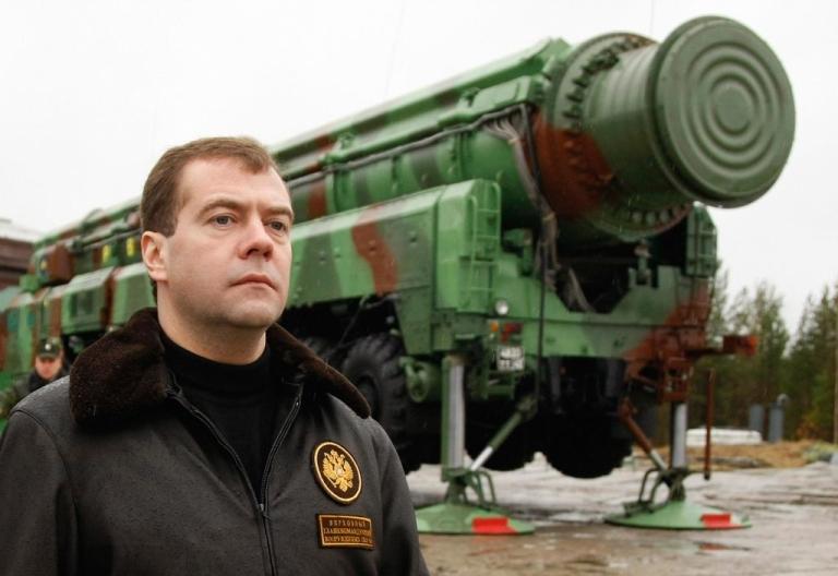 <p>Russian President Dmitry Medvedev surveys a RS-12M Topol ballistic missile at the Plesetsk launch base on October 12, 2008.</p>