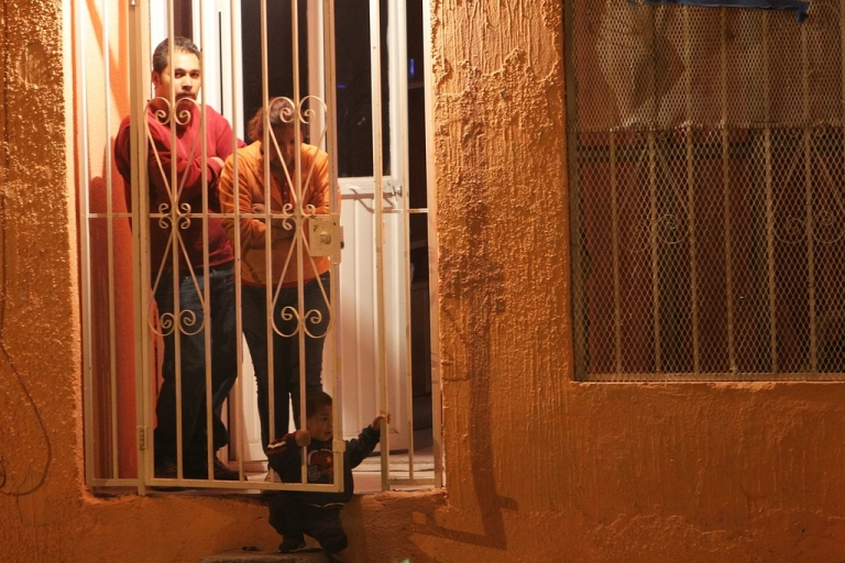 <p>Some Mexicans feel trapped between corrupt police and drug cartels.</p>