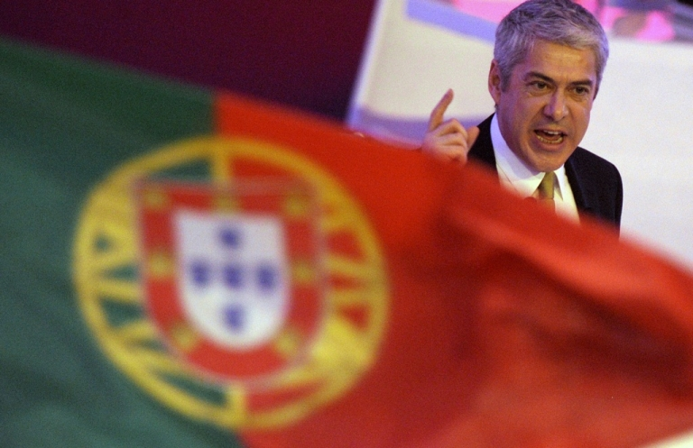 <p>Portugal's Prime-Minister and Socialist Party leader Jose Socrates delivers a speech during the XVII Socialist Party's national congress in Matosinhos, close to Porto, on April 10, 2011.</p>