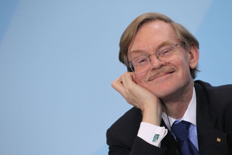 <p>World Bank President Robert Zoellick, pictured on Oct. 6, 2011 in Berlin, Germany.</p>
