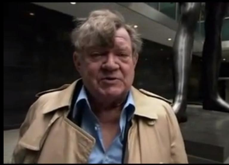 <p>Robert Hughes, art critic and historian, has died at age 74.</p>