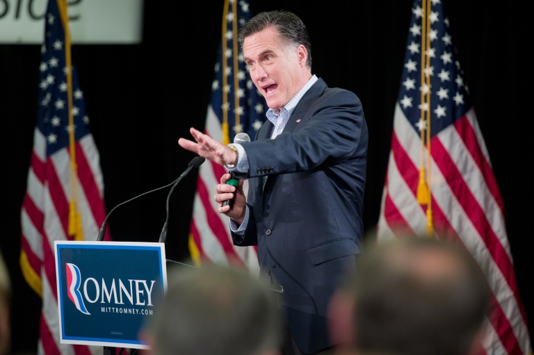 <p>Republican presidential candidate Mitt Romney campaigning at the Nationwide Insurance building in Des Moines, Iowa, on Nov. 23, 2011.</p>