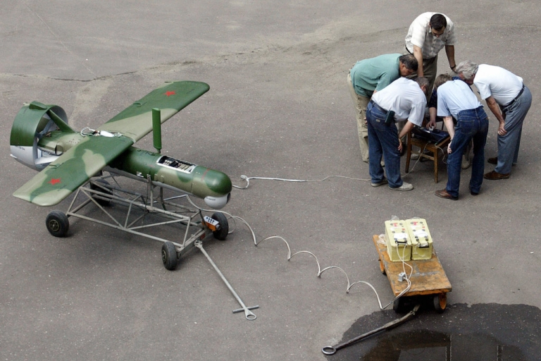 <p>A file picture taken in July 2004 shows technicians examining pilotless photoreconnaissance in a yard of Moscow's research center.</p>