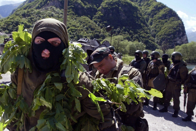 <p>Russian Interior Ministry movable commandoes hold military exercises in the restive southern Russian region of Ingushetia on May 22, 2008. Ingushetia, which neighbors Chechnya, frequently sees clashes between Islamic insurgents and Russian security forces.</p>