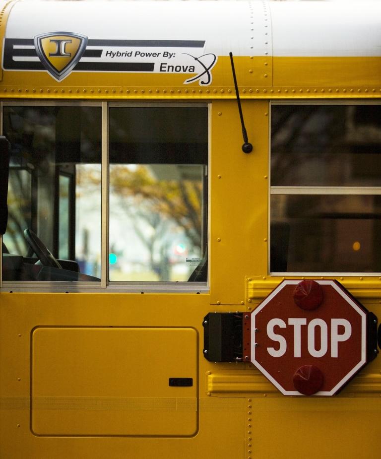 <p>A hydrogen-powered hybrid school bus in Washington, DC, on Nov. 28, 2006.</p>