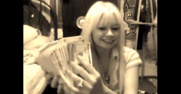 <p>A screenshot of 'Chick Bank Robber' Hannah Sabata's YouTube video on Dec. 6, 2012.</p>