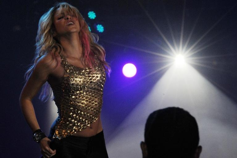 <p>Shakira, doing her thing.</p>