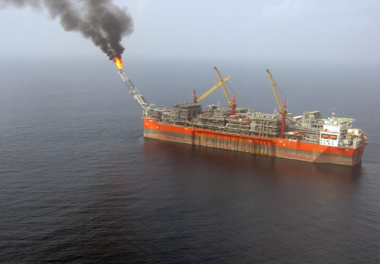 <p>An aerial view taken on February 5, 2008 shows the FPSO Bonga (Floating, Production, Storage and Offloading).</p>