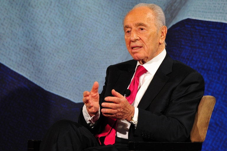 <p>Israeli President Shimon Peres told Israeli newspaper Haaretz on April 23, 2012, that Palestinian Authority President Mahmoud Abbas was a worthy partner and peace could have been achieved through dialogue.</p>