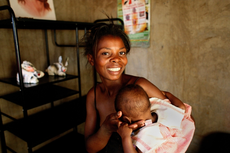 <p>AIDS patient Silvia Ng'andwe at a health center in Lusaka, Zambia, after a treatment of antiretroviral drugs.</p>