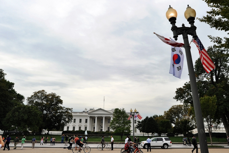 <p>Lamp posts near the White House are adorned with South Korean and U.S. national flags on Oct. 11, 2011, ahead of the state visit by South Korea's President Lee Myung-Bak.</p>