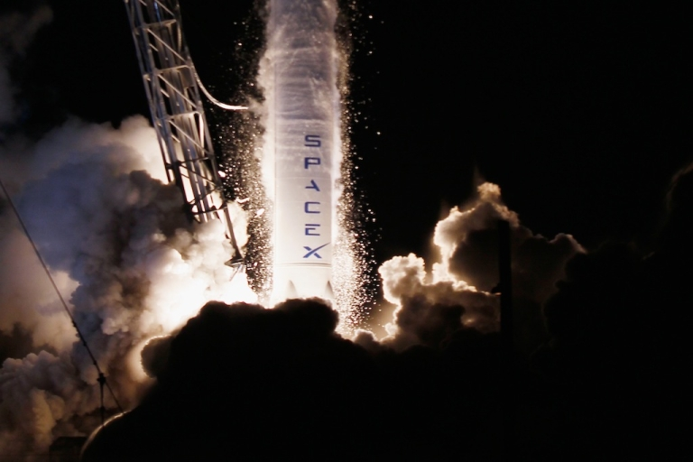 <p>The SpaceX Dragon capsule successfully docked with the International Space Station on October 10, 2012.</p>