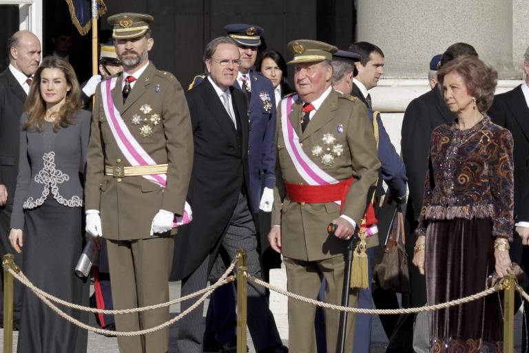 <p>Left to right: Spanish royals Princess Letizia Ortiz, Prince Felipe de Borbon, King Juan Carlos I and Queen Sofia.</p>